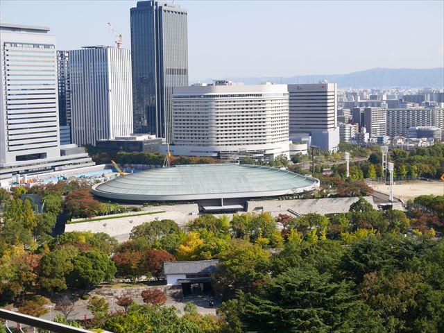 大阪城天守閣の展望台から見た眺め、大阪城ホール