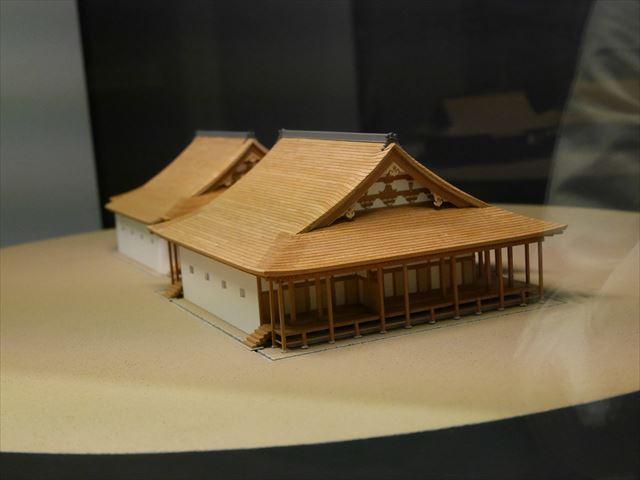 大阪城天守閣、石山本願寺の模型