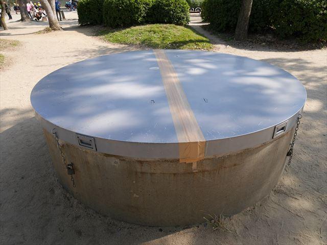 昭和34年に発見された豊臣大坂城石垣が眠る井戸