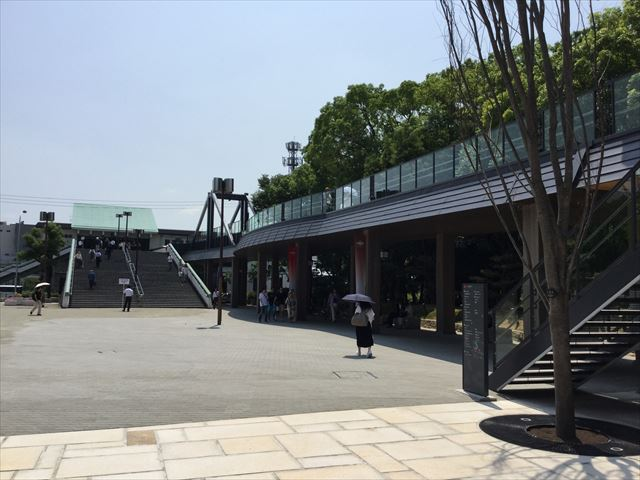 ジョーテラスオオサカから見たJR大阪城公園駅