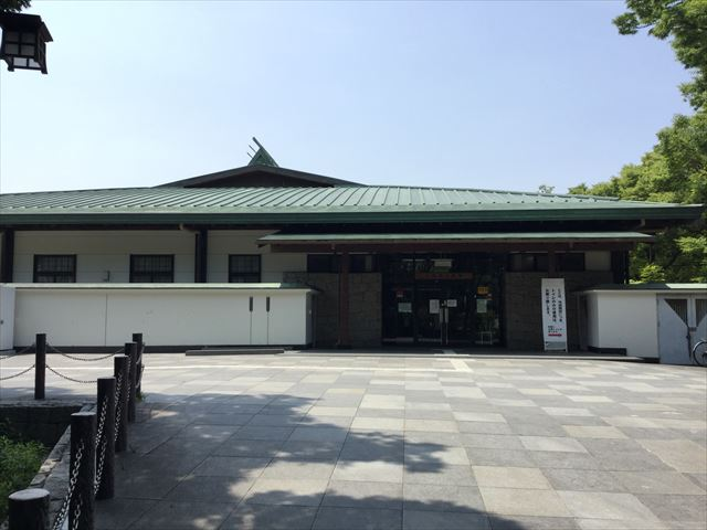 大阪城弓道場、全体を撮影