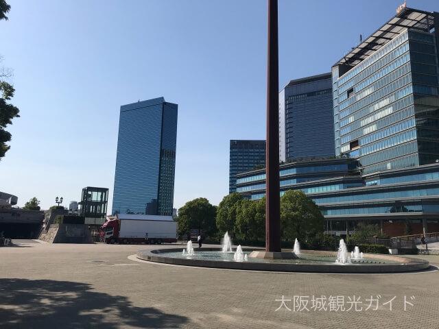 大阪城ホール前の噴水